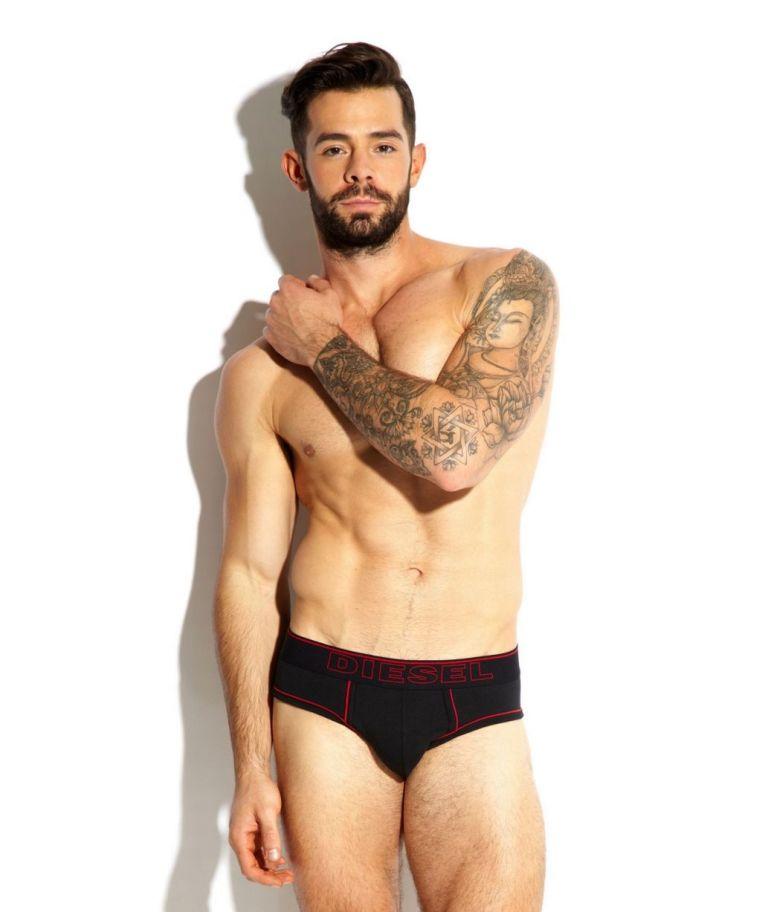 Charlie-King-he-of-TOWIE-fame-has-stripped-down-to-his-undies-for-the-latest-shoot-with-the-UKs-favourite-mens