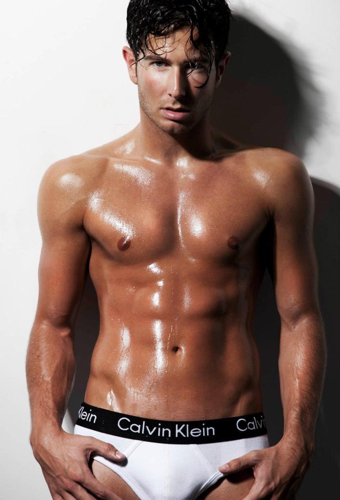 Aaron Renfree Shirtless