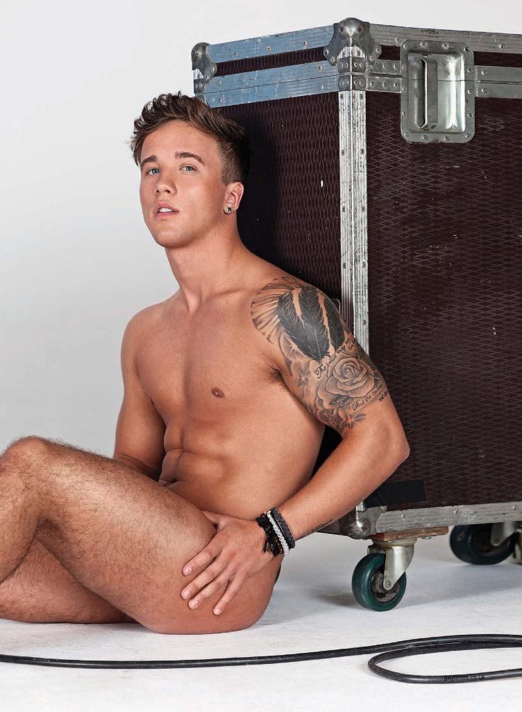 Sam Callahan – GT NakedShoot