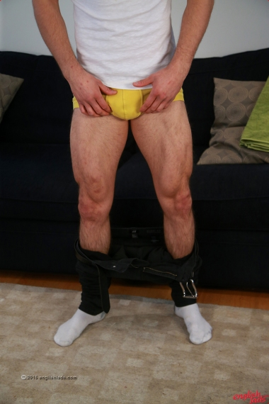 a-travis-banfield-ripped-toned-young-straight-pup-travis-shows-off-his-uncut-rocket-cock-hairy-hole-20150715-09