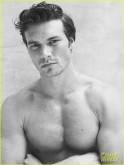 derek-theler-shirtless-just-jared-photo-shoot-05
