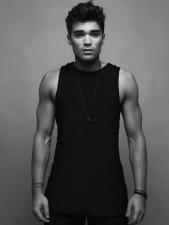 Fashionisto-Exclusive-Josh-Cuthbert-001-800x1067
