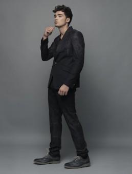 Fashionisto-Exclusive-Josh-Cuthbert-014-800x1052