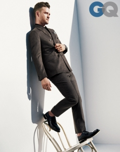 1384189718496_justin-timberlake-men-of-the-year-gq-magazine-december-2013-style-03