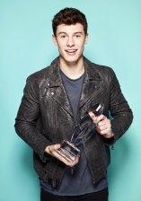 shawn-mendes-award