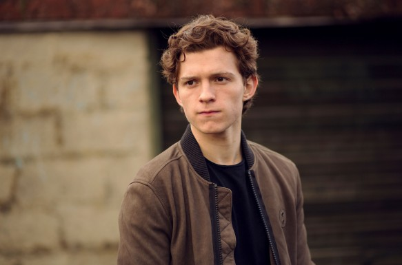 Tom Holland is an English actor and dancer. Holland is known for playing Spider-Man in the Marvel movies. EXCLUSIVE. SPECIAL RATES APPLY © Nikki Holland / eyevine Styling by Amy Cooper. Contact eyevine for more information about using this image: T: +44 (0) 20 8709 8709 E: info@eyevine.com http:///www.eyevine.com©Tom Holland photographed in Atlanta USA. ***MIN 50 EURO*** *** Local Caption *** 01833954