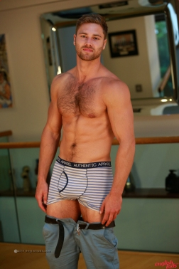 a-tom-lawson-straight-young-rugby-hunk-tom-shows-us-his-hairy-body-big-uncut-cock-20170917-14