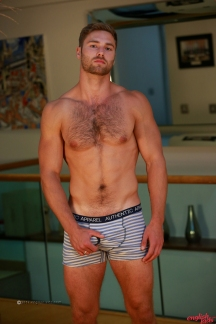 a-tom-lawson-straight-young-rugby-hunk-tom-shows-us-his-hairy-body-big-uncut-cock-20170917-15