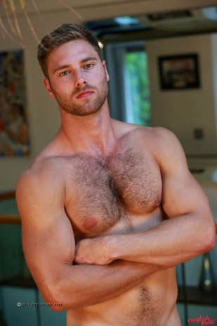 a-tom-lawson-straight-young-rugby-hunk-tom-shows-us-his-hairy-body-big-uncut-cock-20170917-16